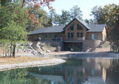 hoffman-moore-house-pond